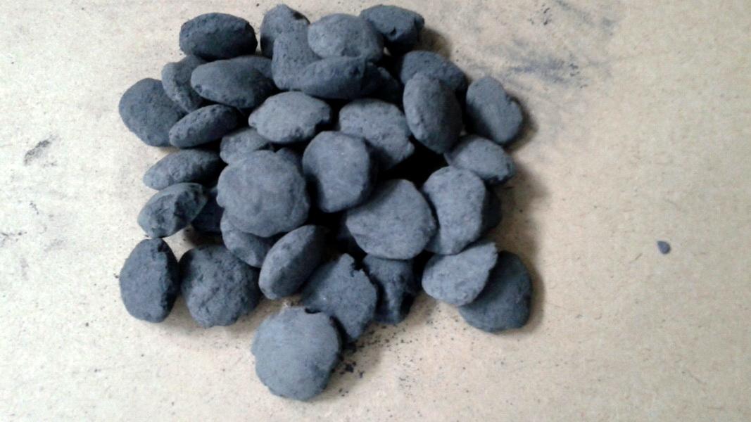 Окатыши (комки), брикеты карбида кремния d 20-40мм